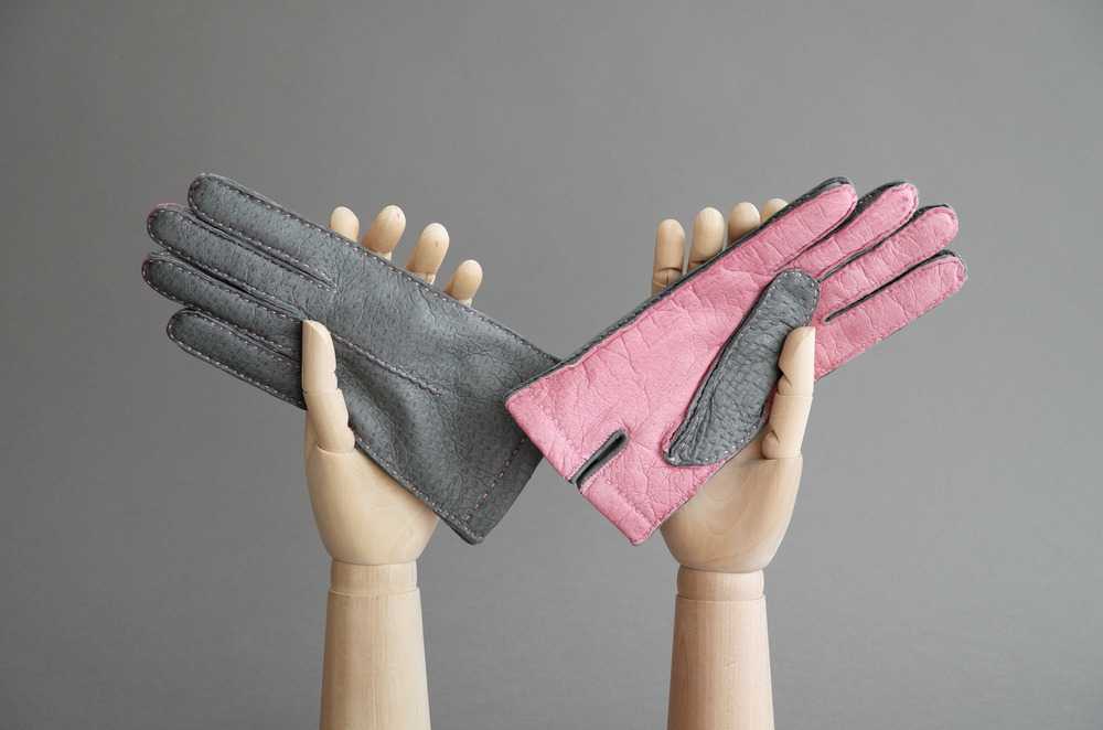 Thomas Riemer peccary ladies gloves