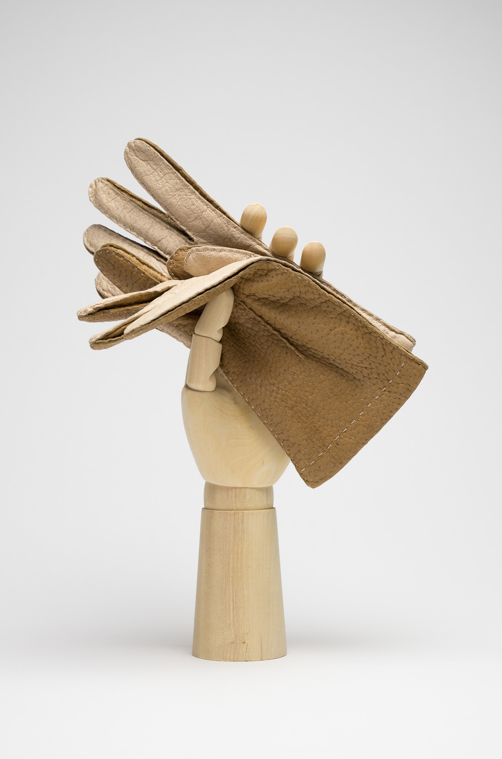 Thomas Riemer ladies peccary gloves