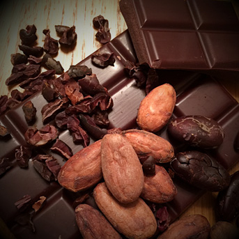 aztec-gold-chocolate-bean-to-bar-raw-chocolate