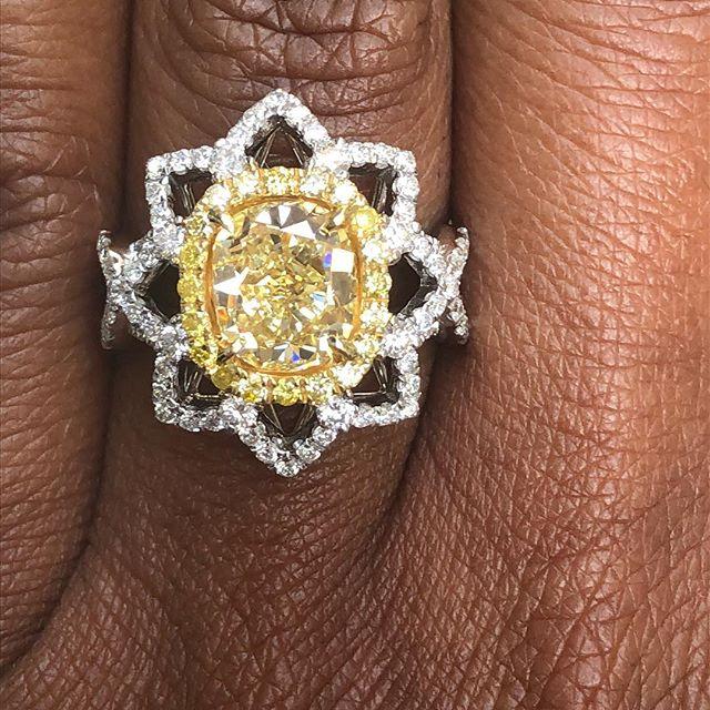 Good Morning Sunshine! Nothing like a fancy yellow diamond. Cushion cut center stone 2.28cts .26tcw fancy yellow diamond pave. .90tcw white diamonds. #fancyyellowdiamond #halo #timeless ##unicornjeweler