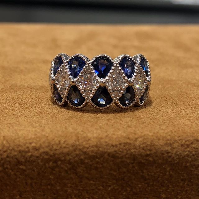 Sapphires and diamonds make a great combination. Pear shape sapphires weighing 2.60tcw and round brilliant diamonds weighing .80tcw outlined in milgrain. 18kt white gold #weddingbands #timeless #love #unicornjeweler