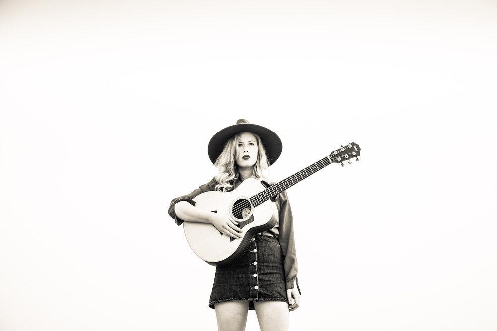 HollyMacve_Guitar_PressPhoto.jpg