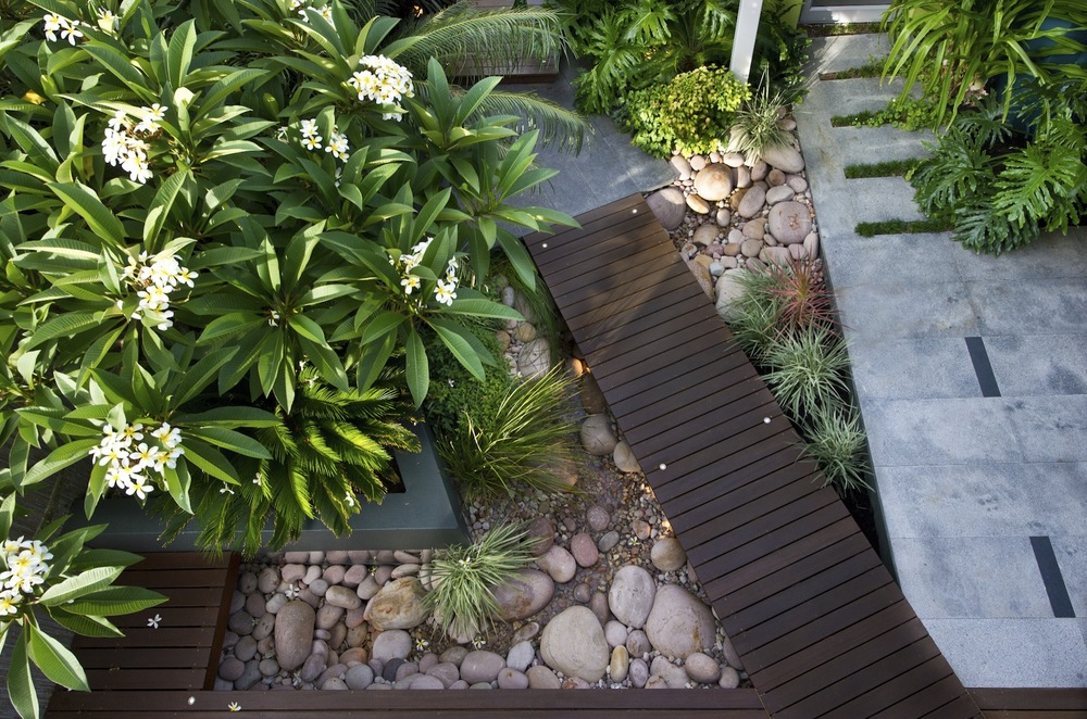 WALDA members design thoughtful & liveable outdoor spaces.    find a designer