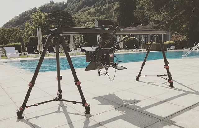 #bluebird #camslider #upsidedown #easysetup #red8k #sunshine #setlife🎥 #lightscope #racerfish_official