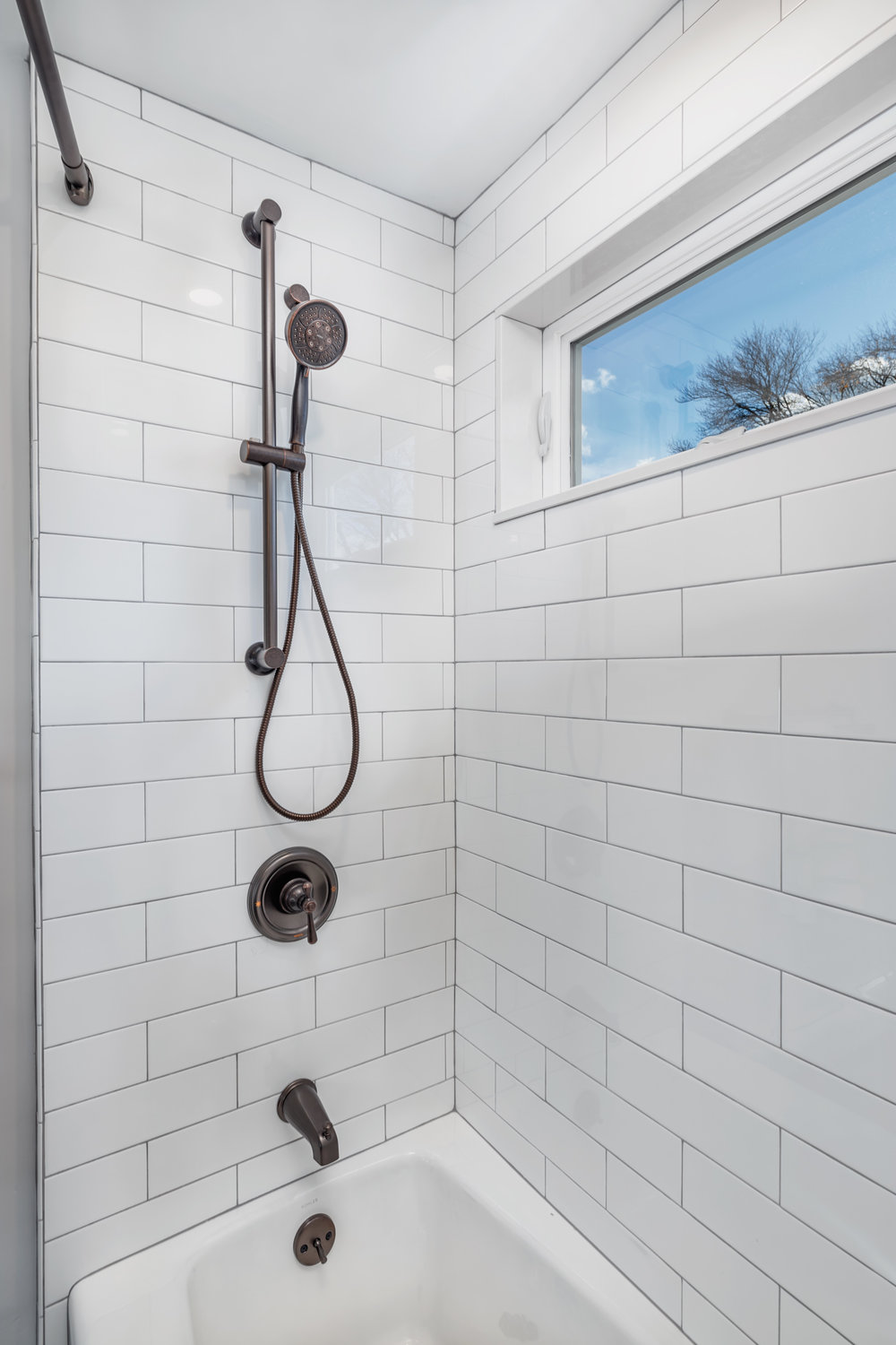 Shower detail.jpg