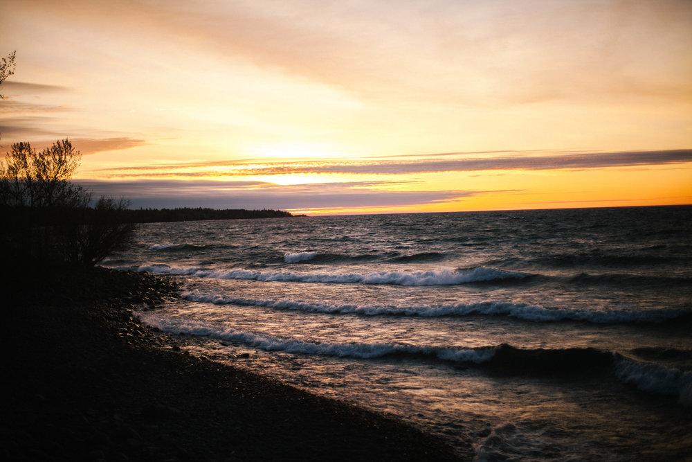 SeasideBridalShoot_MadeiraCreativeNorthShorePhotographer.jpg