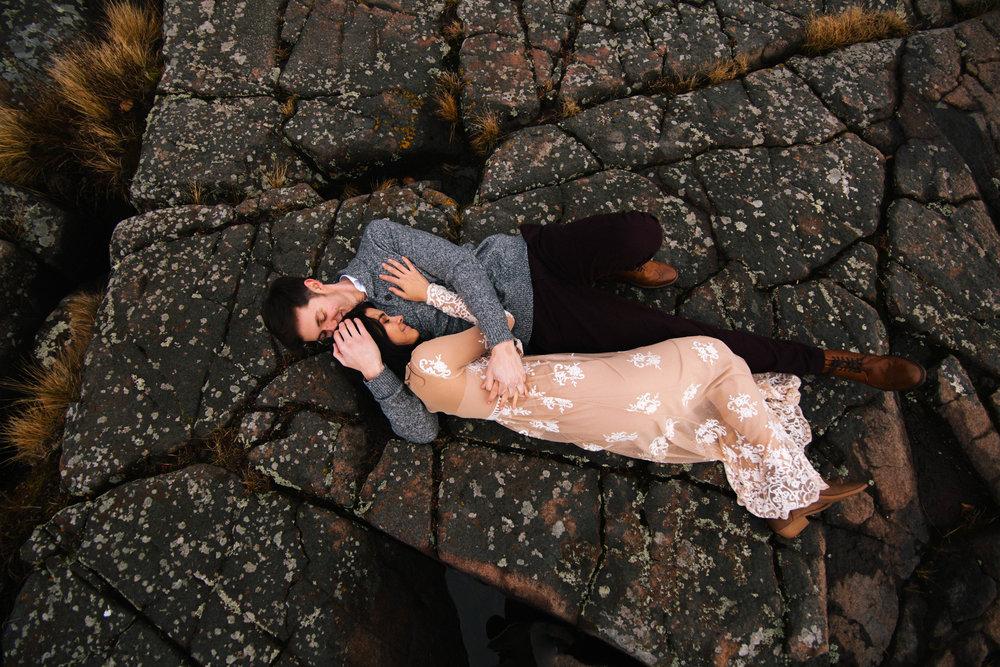 AnnaJPNorthShoreDuluthMinnesotaEngagement_MadeiraCreativePhotography-136.jpg
