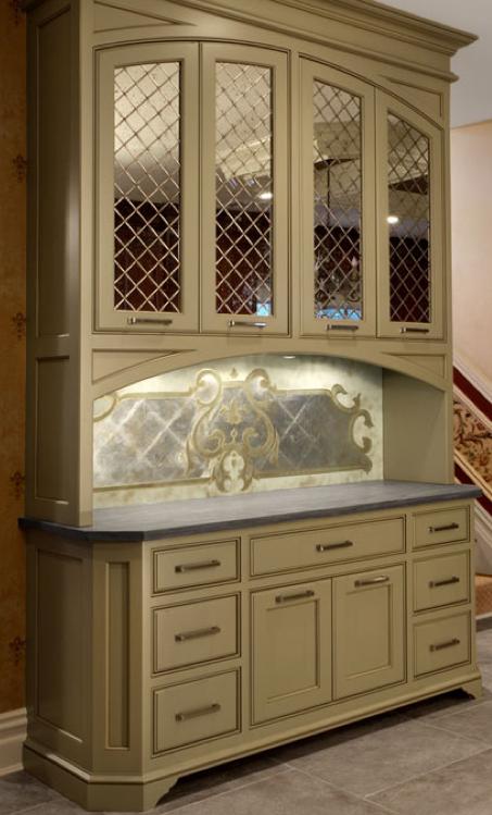 Artique Glass Studio Inc