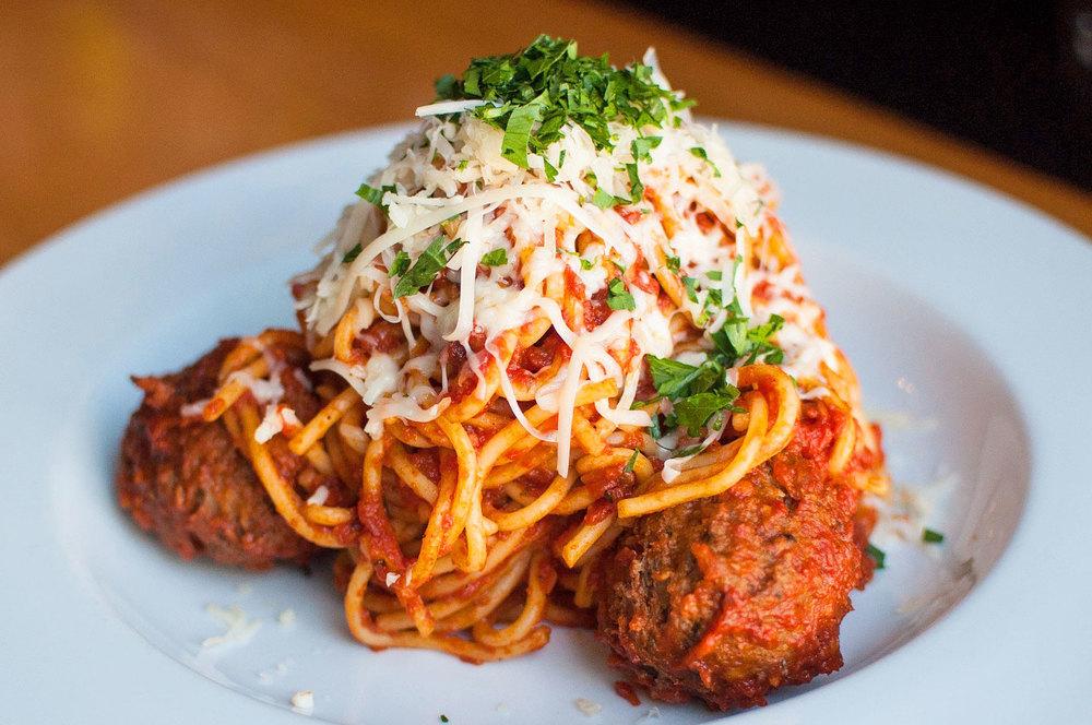 6Spaghetti_Meatballs.jpg