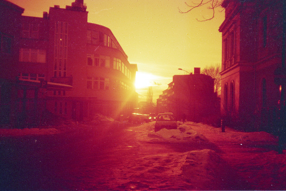 110319_Chinon_redscale_021.jpg