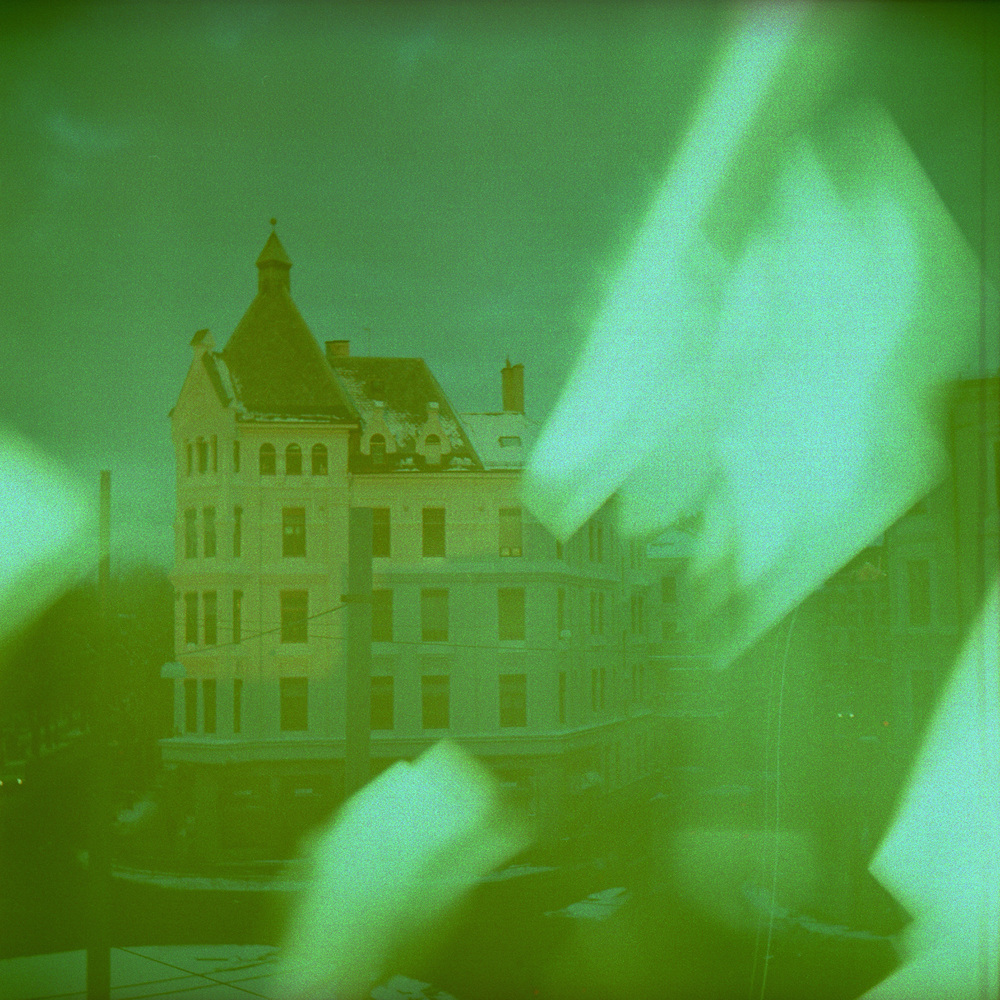 120323_Holga_Crossed006.jpg