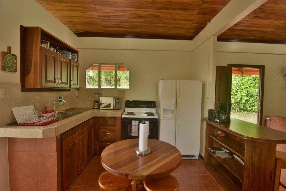 Casa-Amarilla-Majestic-Properties-Costa-Rica-3.jpg