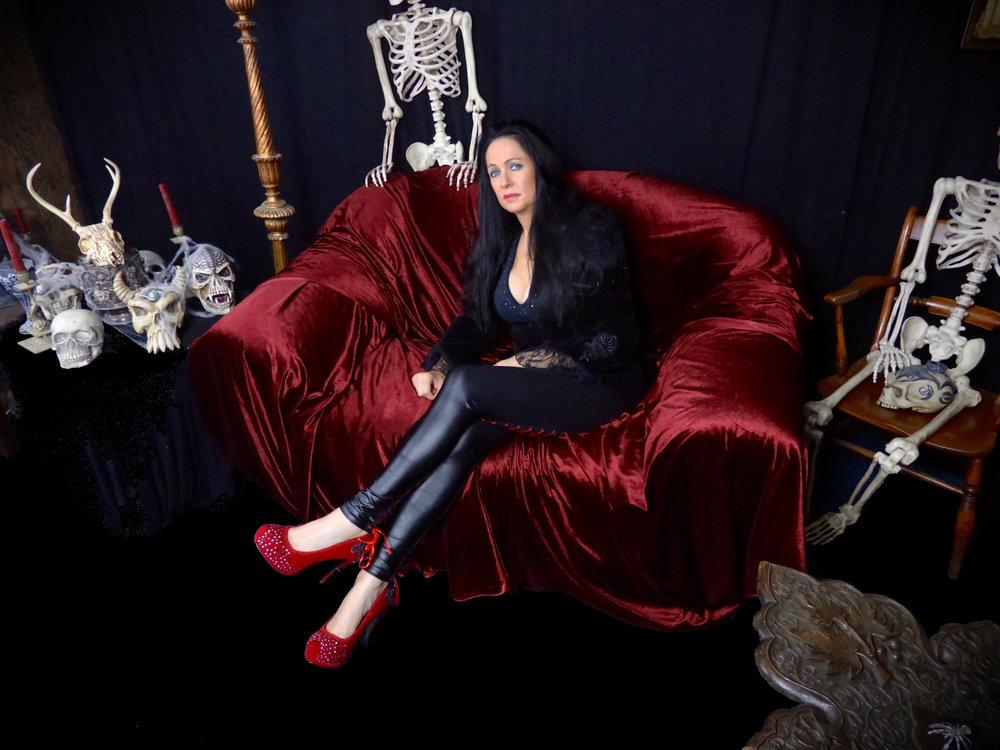 Judy Vamp-Shire's Vampires Lair