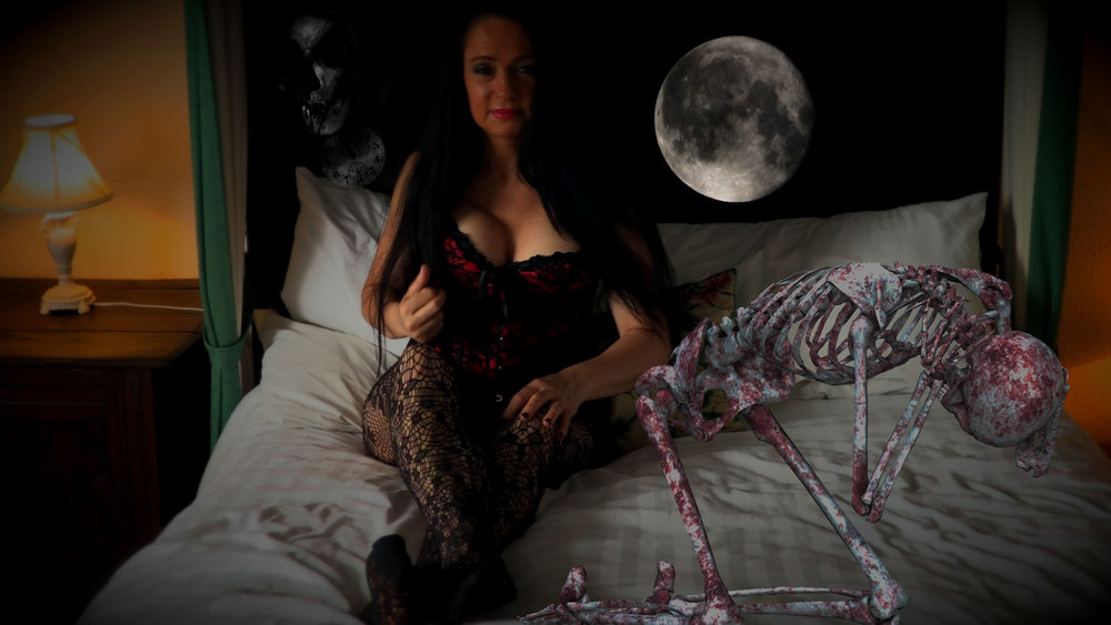 JUDY VAMP-SHIRE bedroom-skeleton.jpg