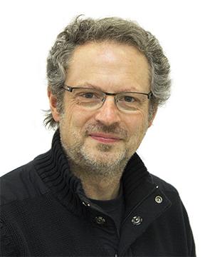 Hans Dringenberg Headshot.jpg