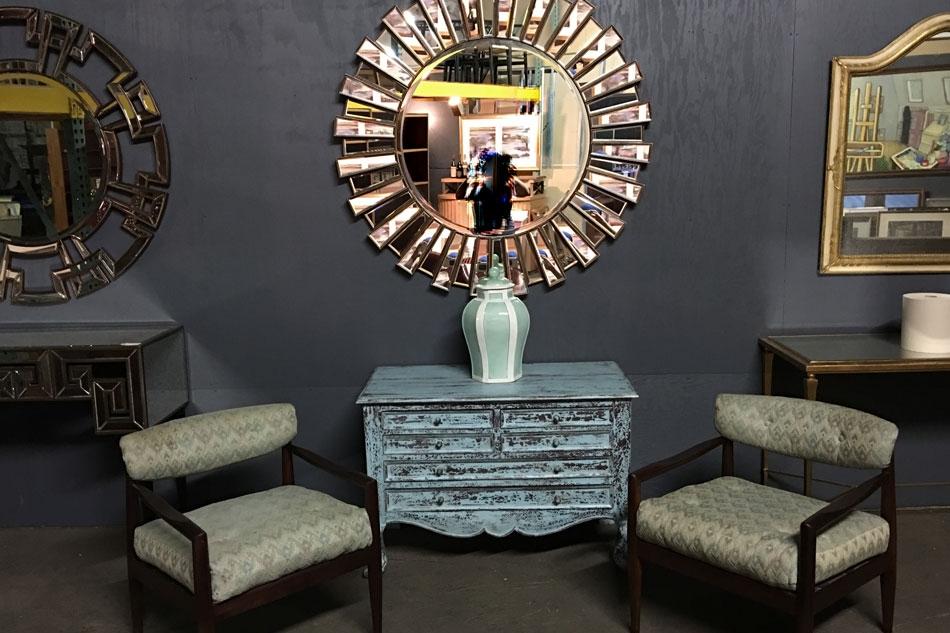mirrored20909.jpg