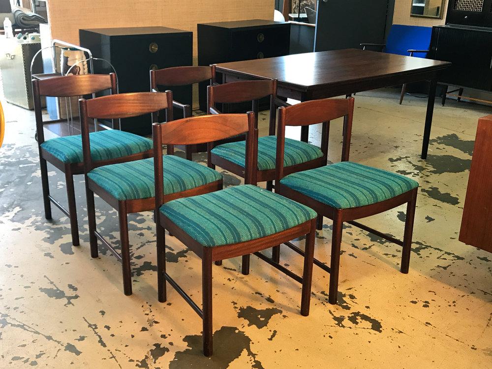 setof6mcdiningchairs.jpg