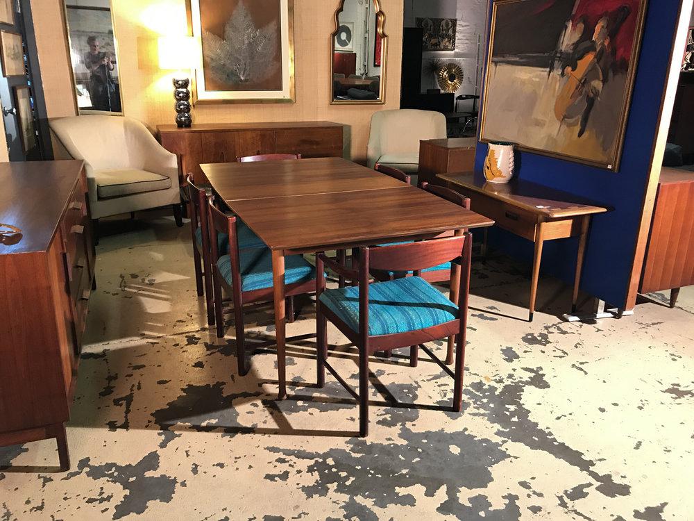rosewoodtablechairs1.jpg
