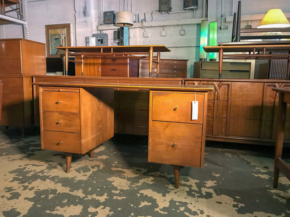 paulmccobb_midcenturyfurniturewarehouse.jpg