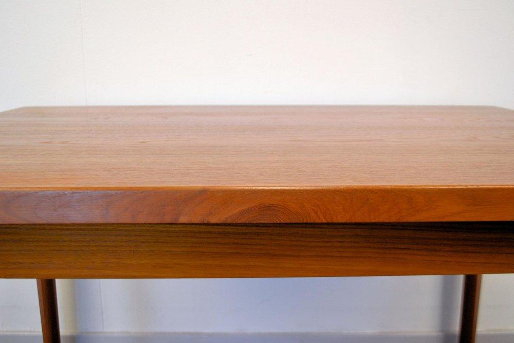 danish-teak-extendable-dining-table-by-henning-kjaernulf-for-vejle-stole-mobelfabrik-1960s-5(2).jpg