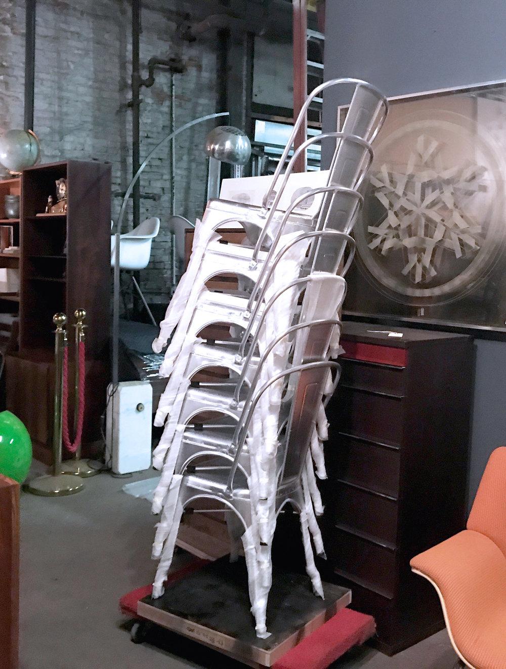 aluminumchairs4.jpg
