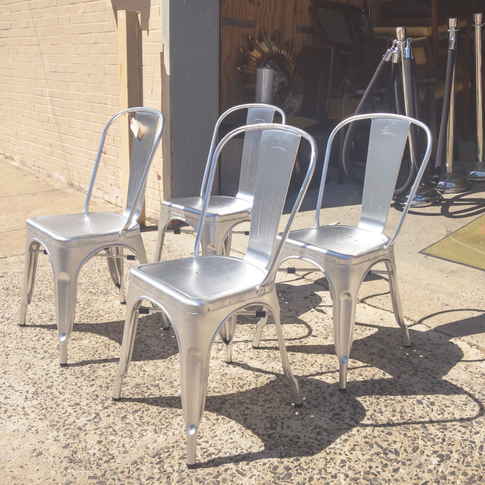 aluminumchairs1.jpg