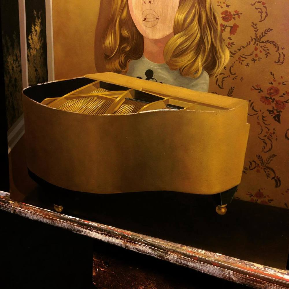 Temporarily displaced… For at least another week, but finding time to paint like a mother. This piano is ❤️ #nostudio #maniac #lolagil #blabshow #workinprogress