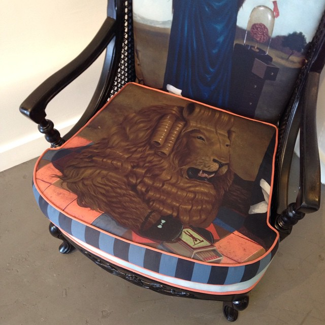 Chair cushion detail #lolafineart #theyounger #cowardlylion