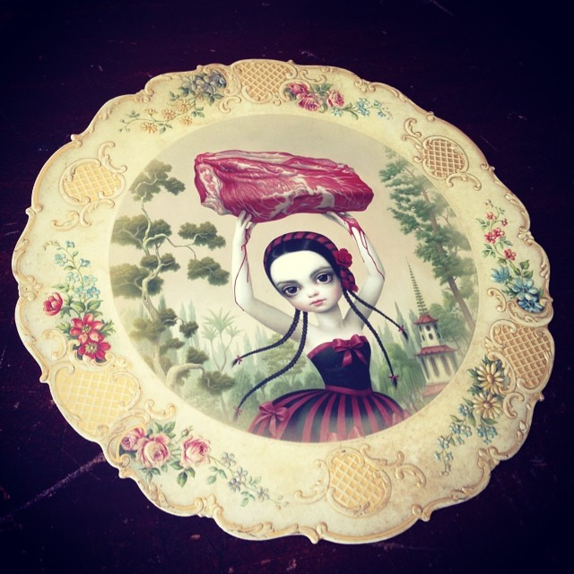 And I know I'm a bit late to rejoice this gorgeous Mark Ryden invite, but I wanted to send Brad @pressureprinting a personal salute for mailing this while I was away in England. Finally get to see it in person! Pressure Printing are really the tops 🎀