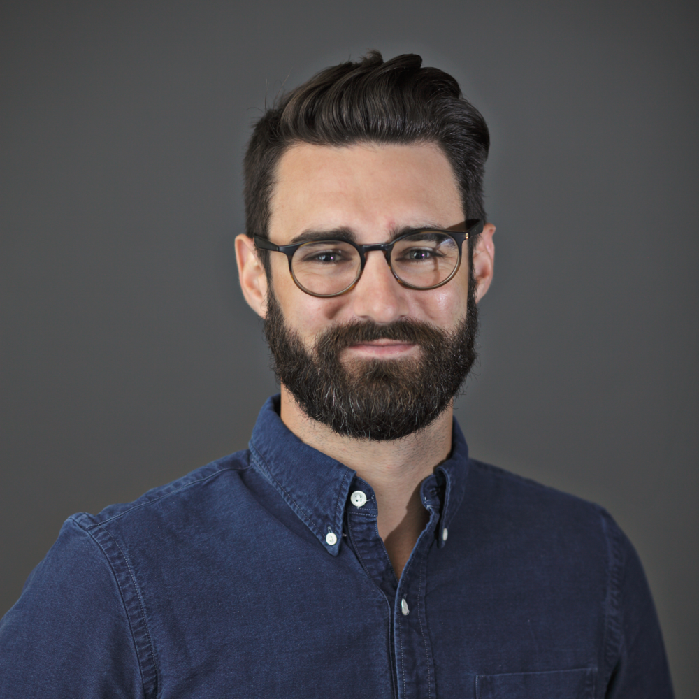 After graduating from Yale, Jeff was an early team member at Birchbox, and a founding Ecommerce team member at Christie's, where he helped build the world's leading digital art-commerce platform. Jeff has also worked as an Advisor to Loehmann's and ARTCUBE. Outside of work, Jeff is on the Junior Board of Project Art, enjoys golf, and is an amateur paleontologist credited with the discovery of new species and genuses, including   T. cripeosaurus  .