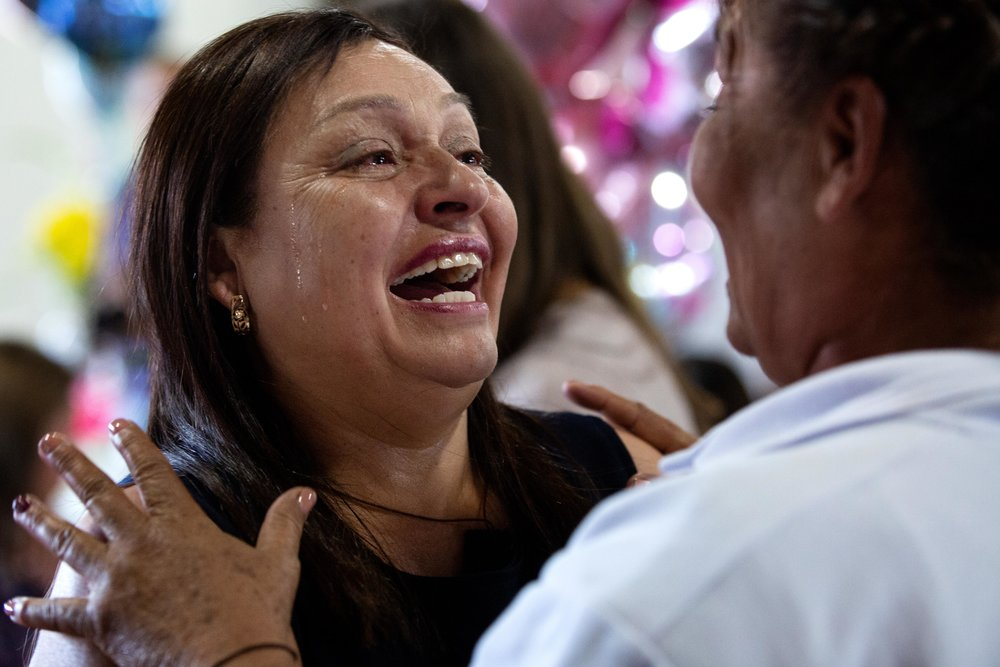 ROUND ROCK, TX. August 10, 2018. Rafaela Orozco greets her sister Rosa Barriga Barriga after seeing each other for the first time in over a decade. Montinique Monroe for KUT News
