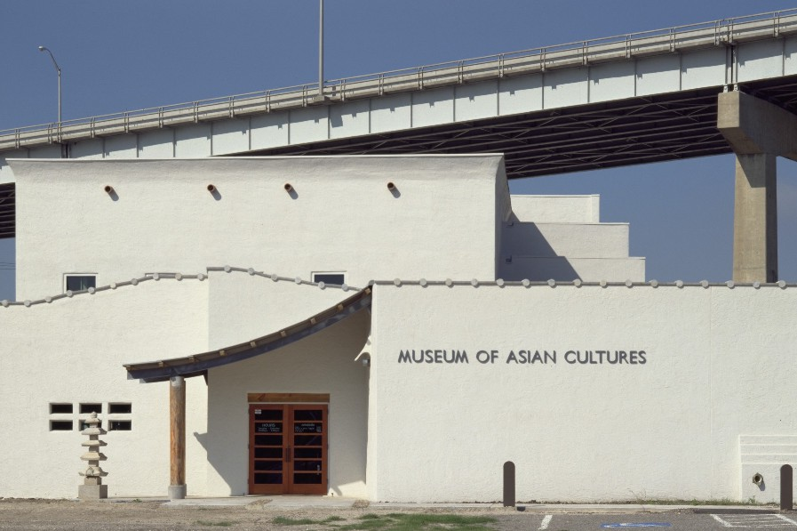 asian museum front - S.jpg