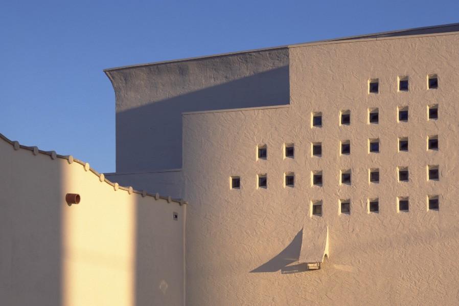 asian museum shadow - S.jpg