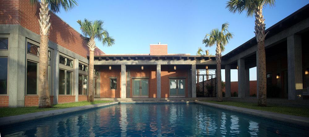 Farias House