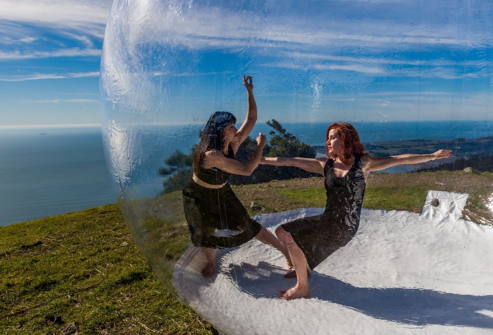"Katerina Wong and Jenni Bregman - Printz Dance Project's ""GLASSlands"" by Jeff Zender"