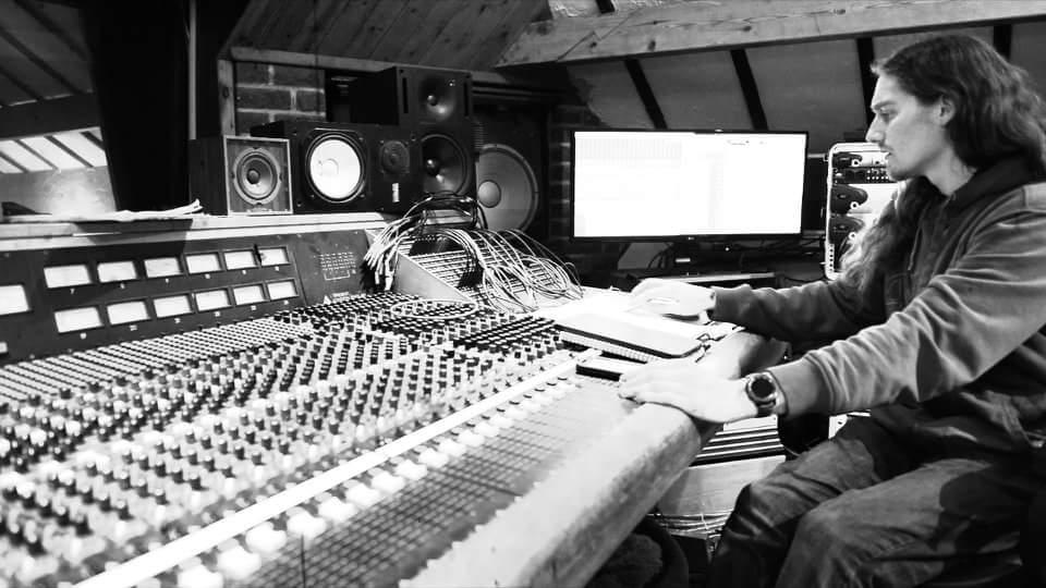 Mike Bew - Foel Studio