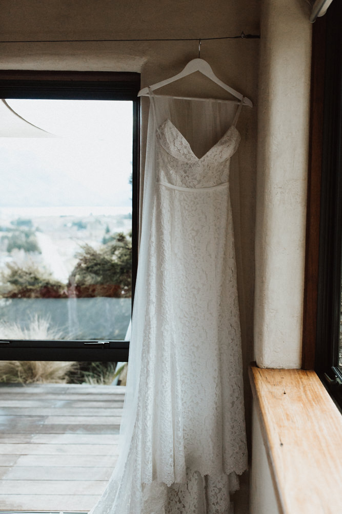 Wanaka Roys Peak Wedding-21.jpg