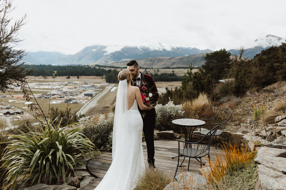 Wanaka Roys Peak Wedding-30.jpg