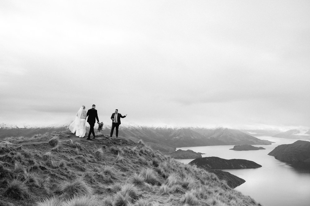 Wanaka Roys Peak Wedding-45.jpg