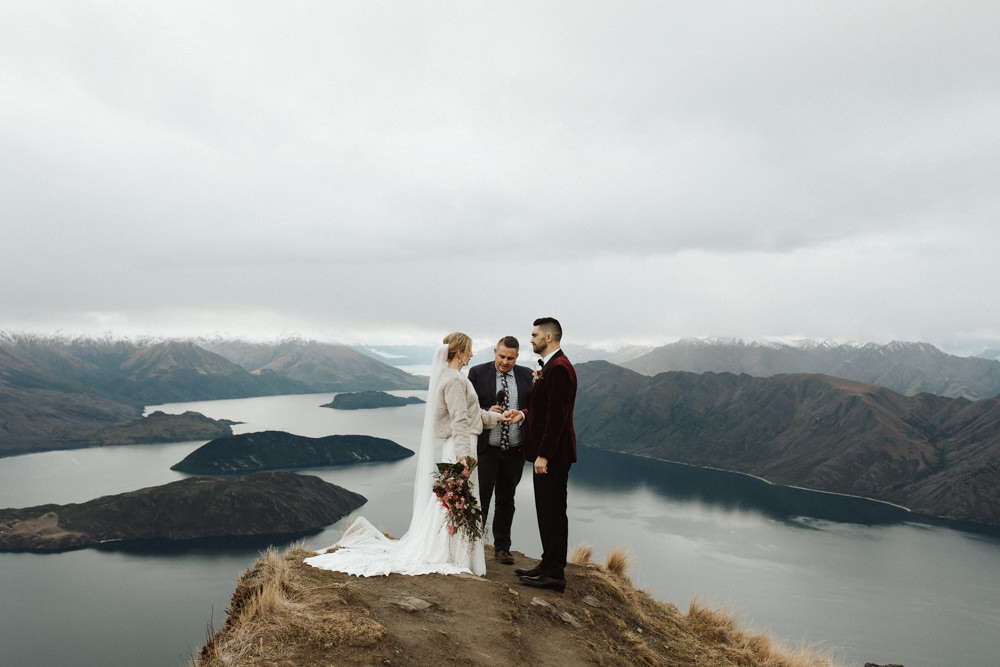 Wanaka Roys Peak Wedding-49.jpg
