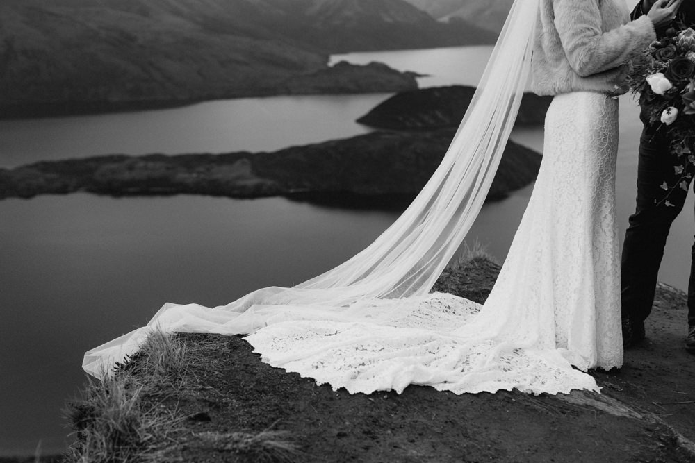Wanaka Roys Peak Wedding-50.jpg