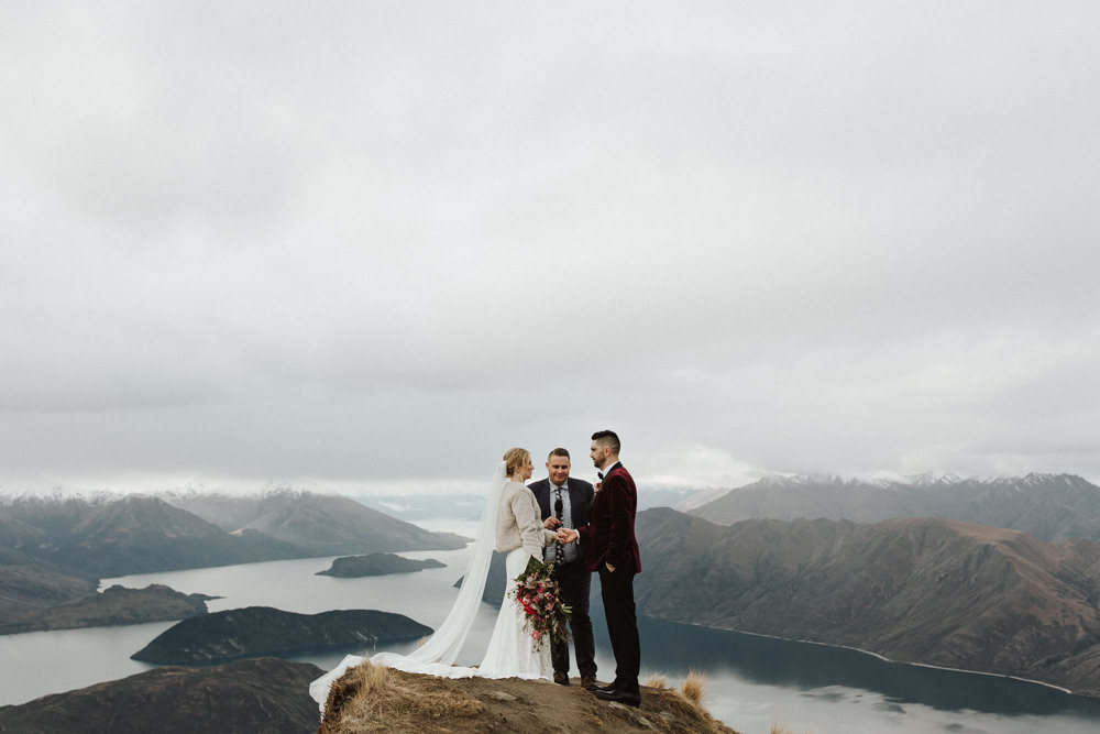 Wanaka Roys Peak Wedding-53.jpg