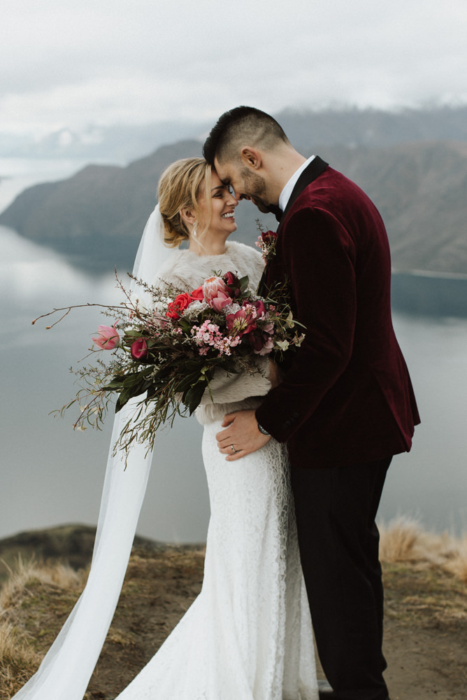 Wanaka Roys Peak Wedding-57.jpg