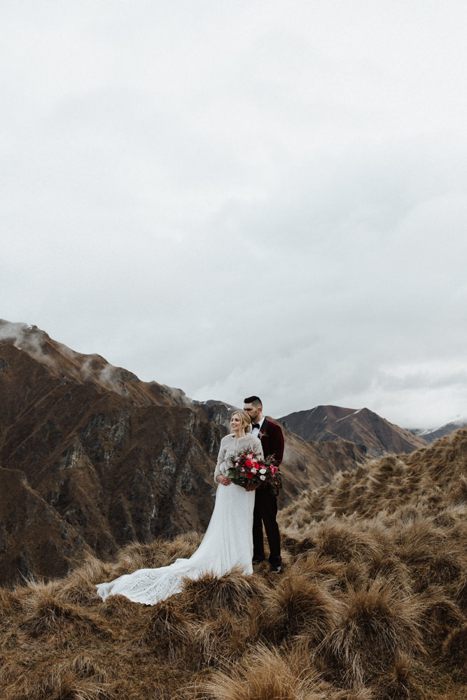 Wanaka Roys Peak Wedding-71.jpg