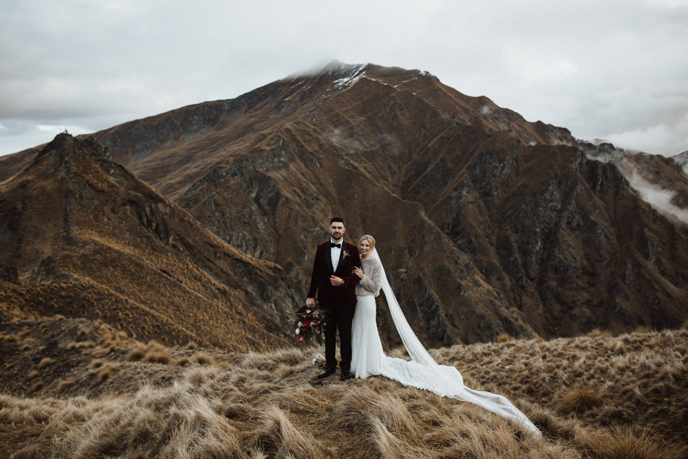 Wanaka Roys Peak Wedding-79.jpg