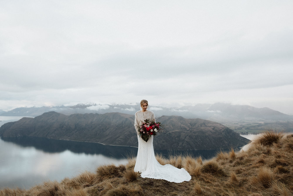 Wanaka Roys Peak Wedding-83.jpg