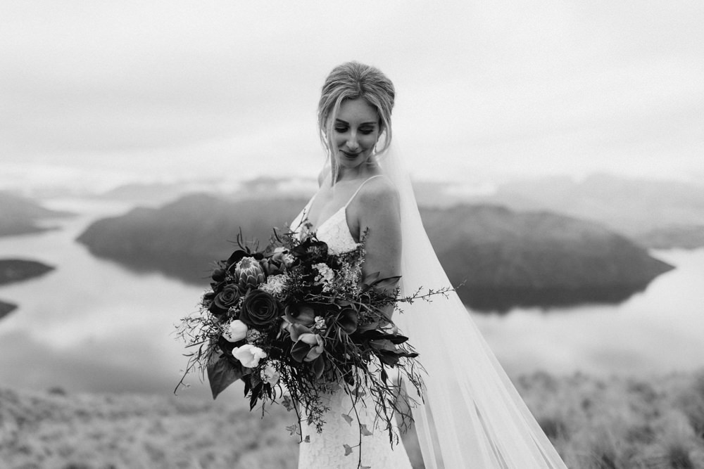 Wanaka Roys Peak Wedding-85.jpg
