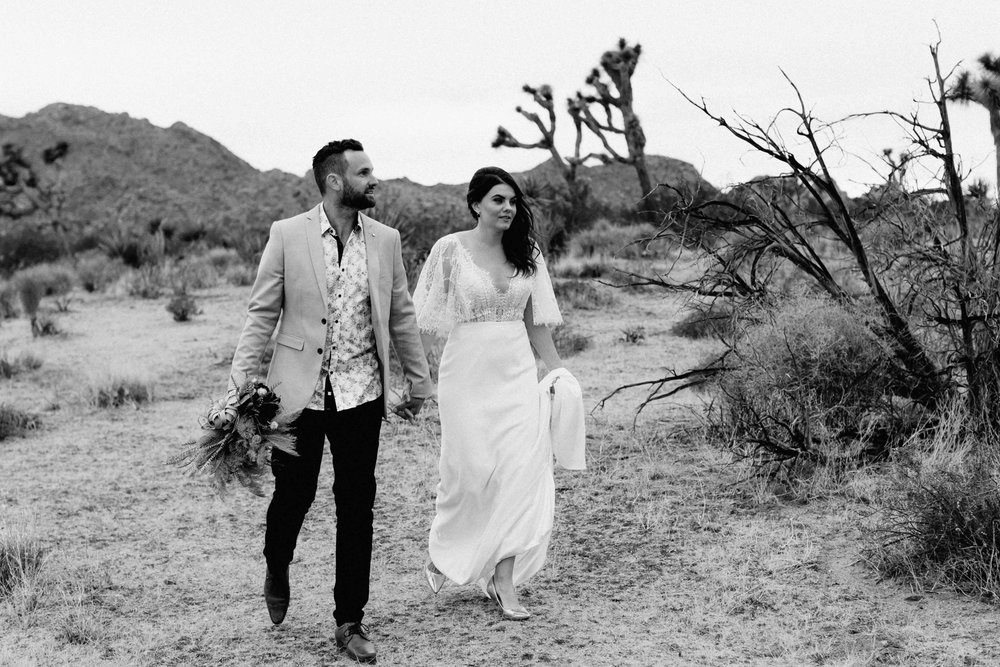America Joshua Tree Palm Springs Elopement wedding-21.jpg