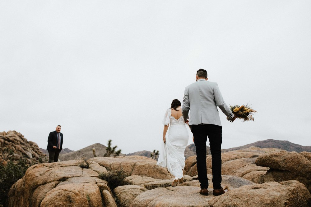 America Joshua Tree Palm Springs Elopement wedding-24.jpg