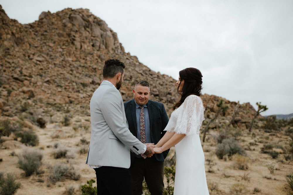 America Joshua Tree Palm Springs Elopement wedding-26.jpg